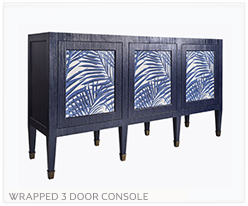 Fine Furniture Console With 3 Doors