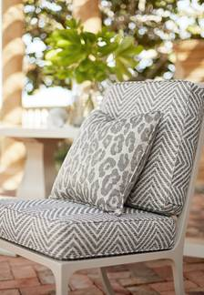 Linea Chevron from Oasis Collection